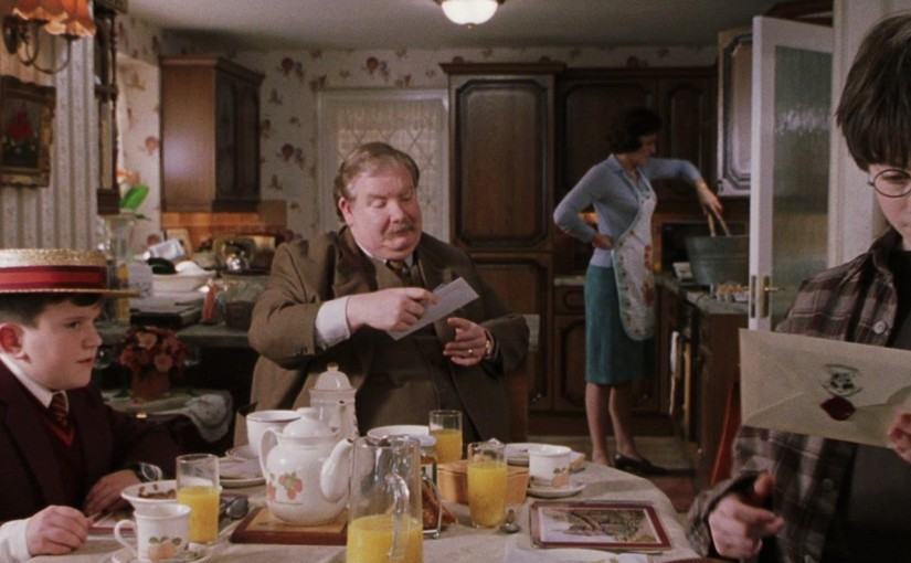 harry-potter-dursley-house-kitchen